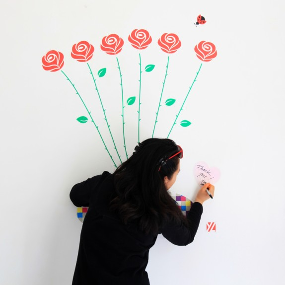 LONG-STEM ROSES: RE-POSITIONABLE WALL FLOWERS!