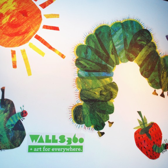 Kids Wall Graphics: Art Show Photos!