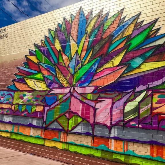 Cockroach Theatre 15th Anniversary Mural by @VulcanNYC x @APEXER #PublicArt #LasVegas #CockroachTheatre